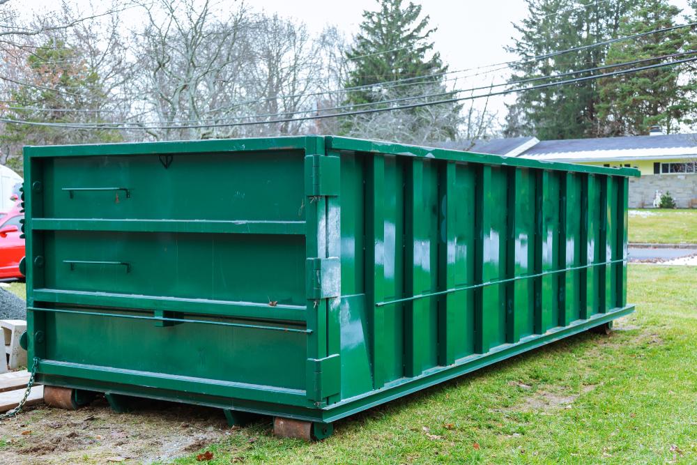 afvalcontainer van Maton Groep